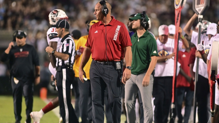 """Dave Doeren: """"We Have To Show Our Maturity And Leadership"""""""